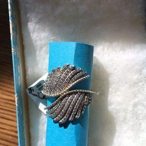 Pandora majestic feathers ring